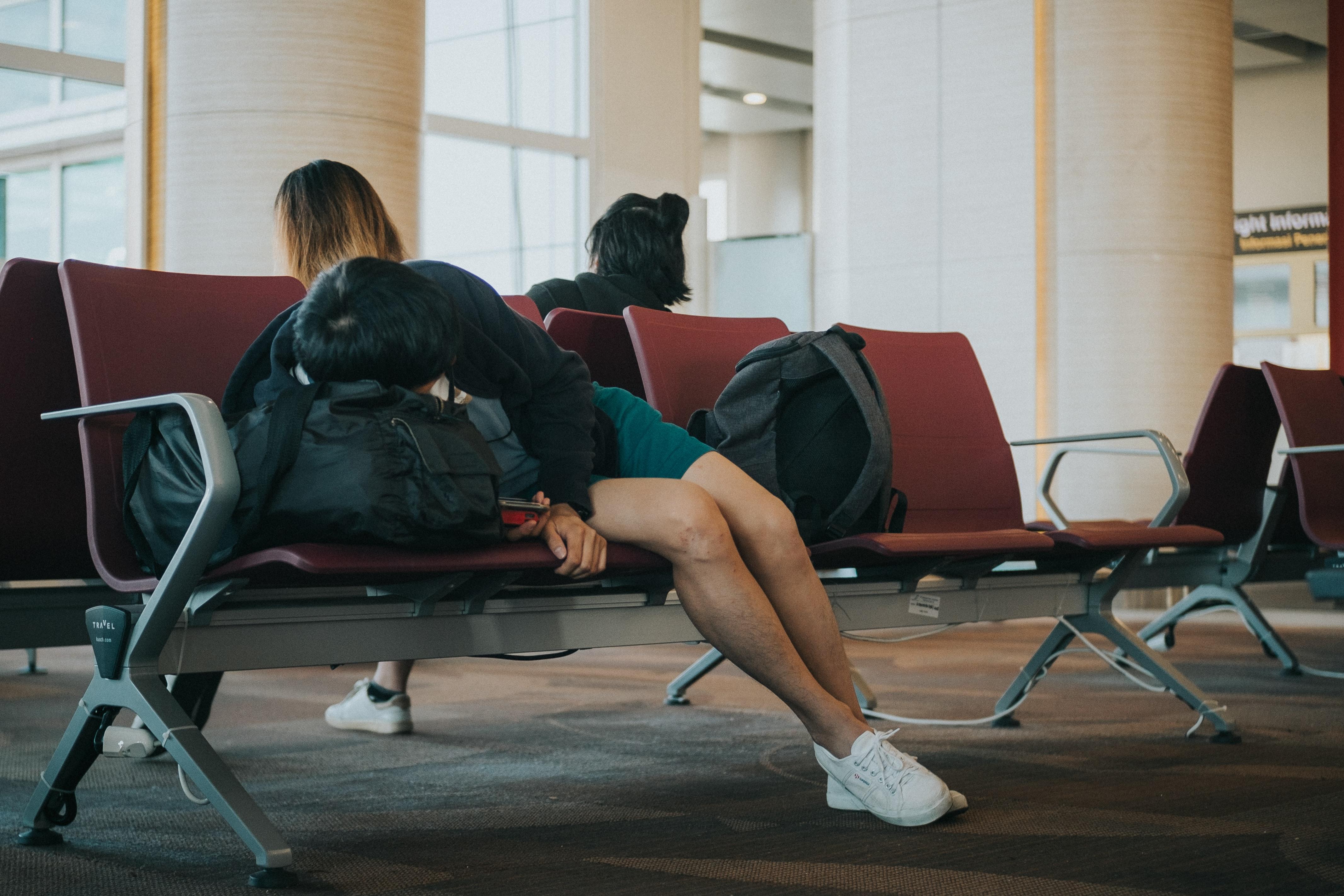 Jet Lag vs. Private Jet: Jak radzić sobie ze zmęczeniem spowodowanym różnicą czasu?