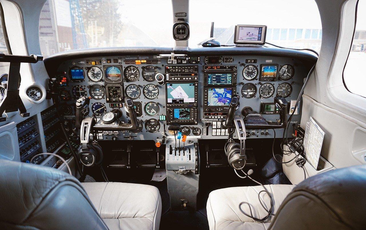 Leasing samolotu: Czy to się naprawdę opłaca?