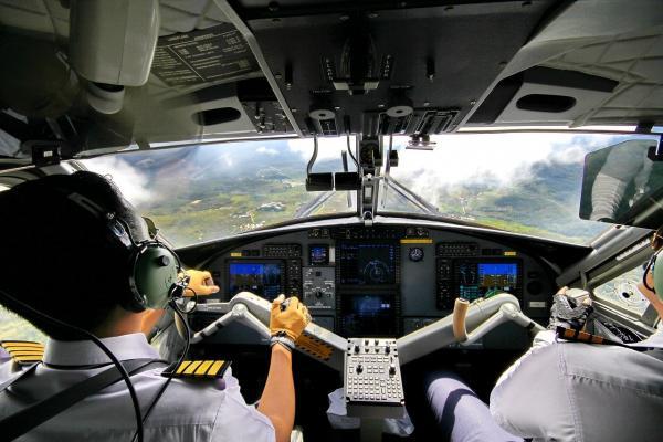 Ile zarabia pilot prywatnego samolotu?