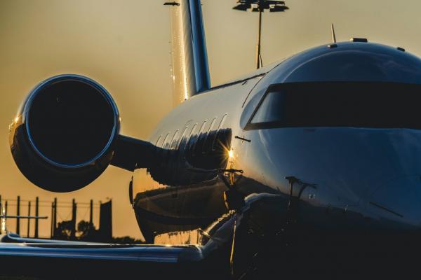 Jak zaplanować idealne wakacje z private jet?